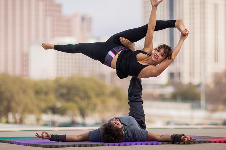 Польза и практика парной йоги
